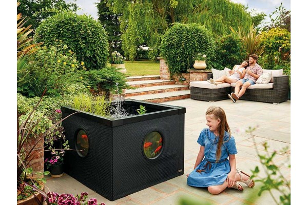 Hozelock Outdoor Decorative Aquarium