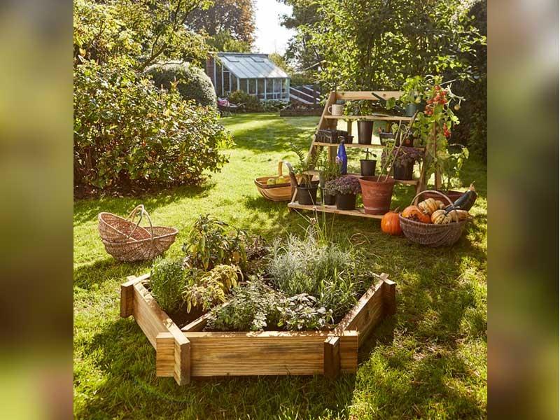 Grange Herb Wheel Planter