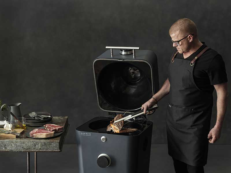 Everdure by Heston Blumenthal – 4K Outdoor Cooker with Cover