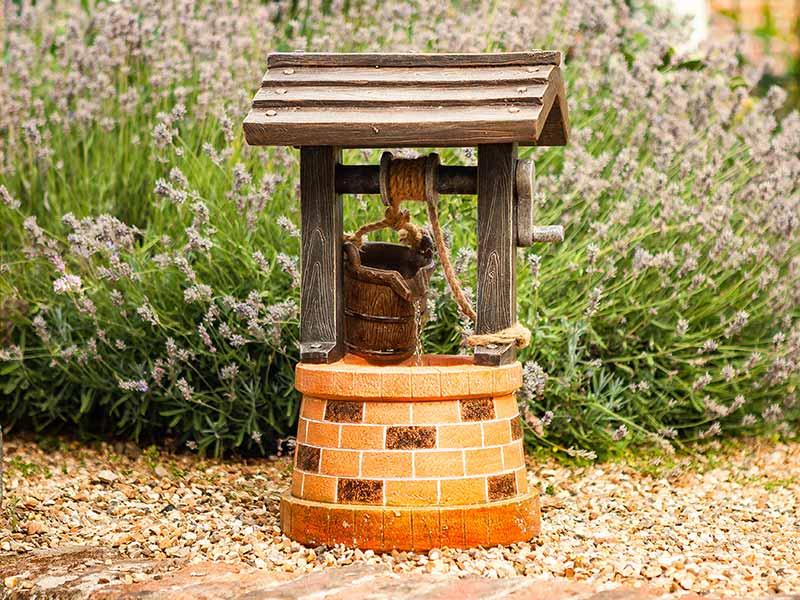 Smart Garden Solar Wishing Well Fountain